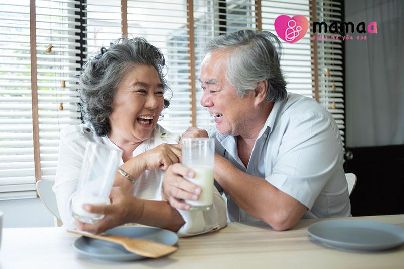 người cao tuổi dùng sữa milk tricare